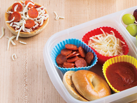 D.I.Y. Mini Pizza Bagels
