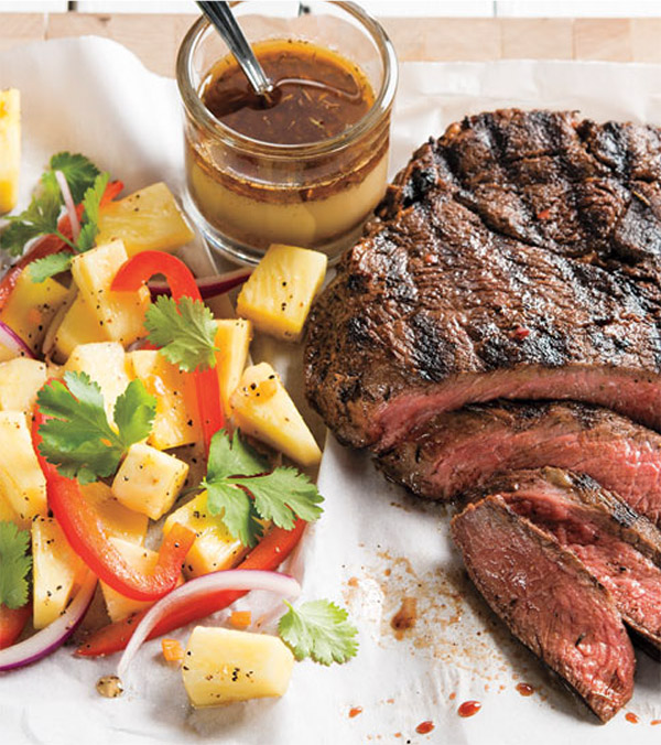 Jerk Sirloin Steak with Pineapple-Pepper Salad