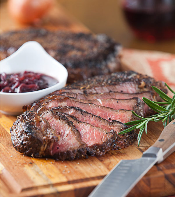 Pepper-Crusted Steak with Red Wine-Shallot Sauce video